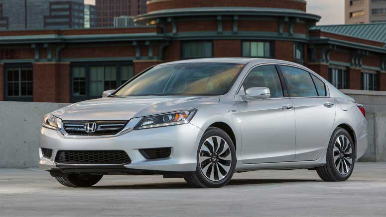 U.S. Car Shoppers Propel Honda Accord to #1 in Retail Sales in 2013