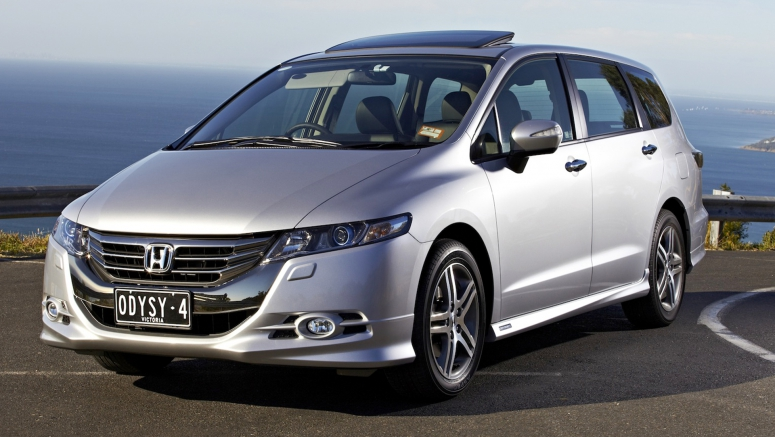 Best-Selling Honda Odyssey Returns for 2015 with Stellar Reputation